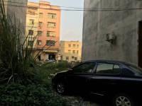 惠东县平山泰园新区附近住家地皮1间半出售