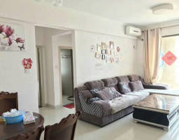 惠东县平山国际新城2房2厅简单装修出售