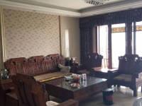 惠东县平山龙湖苑4房2厅高档装修出售