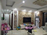惠东县平山国际新城4房2厅高档装修出售