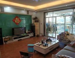 惠东县平山碧湖花园4房2厅精装修出售
