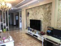 惠东县平山山水豪庭4房2厅精装修出售