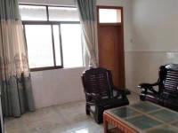 惠东县平山四小学位房3房2厅简单装修出售(包过户)