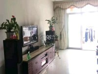 惠东县平山阳光花园4房2厅精装修出售