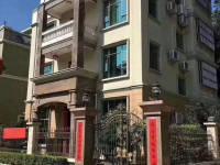 惠东县平山海天花园别墅2间3层半出售(占地210/㎡ )