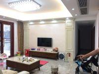 惠东县平山御府中央4房2厅精装修出售