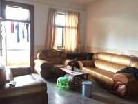 惠东县平山教育局宿舍4房2厅简单装修出售