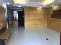 惠东县平山富海楼4房2厅精装修出售