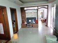 惠东县平山广发小区4房2厅中档装修出售