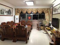 惠东县平山海天花园4房2厅精装修出售