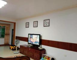 惠东县平山海天花园5房2厅中档装修出售