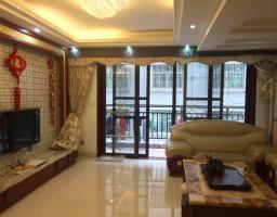 惠东县平山嘉和福苑4房2厅精装修出售