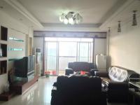 惠东县平山南湖花园4房3厅中档装修出售(复式房)