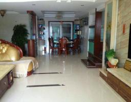 惠东县平山惠福花园4房2厅精装修出售(包车位)