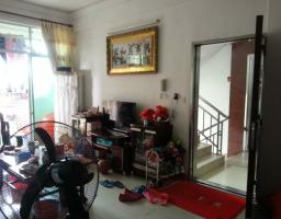 惠东县平山惠兴楼3房2厅中档装修出售