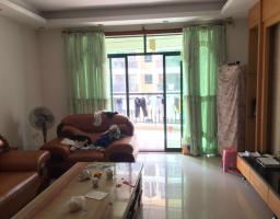 惠东县平山怡景湾4房2厅中档装修出售