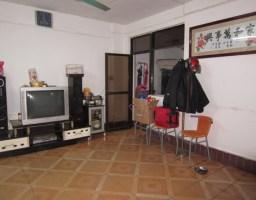 惠东县平山广发小区3房2厅简单装修 出售