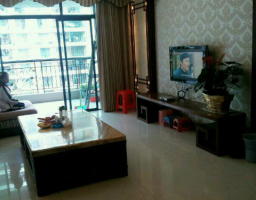 惠东县平山丽景华庭4房2厅中档装修出售