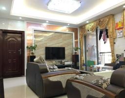 惠东县平山国际新城3房2厅高档装修出售