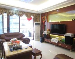 惠东县平山华景花苑3房2厅高档装修出售