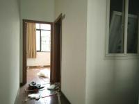 雨山区印山东路春晖一期南门建中隔壁上下三层门面房出租