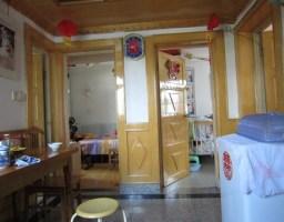 花山区佳山路妇幼保健医院附近中岗二村经济小三房中装出售