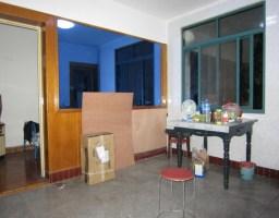 花山区沙塘路师范附小后面人民新村两室一厅简装一应俱全出售