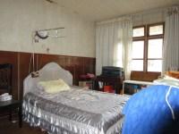 雨山区雨田路红星中学附近创业村小三房无税出售