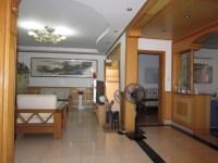 花山区重阳路新新园市场对面银杏园三室两厅精装一应俱全首次出租