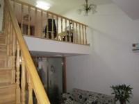 雨山区军民路东湖南郡公寓上下层一室两厅精装一应俱全出售
