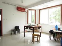 花山区亲水路东城花园三村一室一厅全新中装一楼可做门店出售