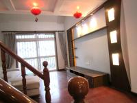 雨山区湖西中路华润苏果附近珍珠西苑跃层五室三厅三卫简装出售