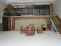 花山区江东大道花山美居附近300多平米商业用房精装出售