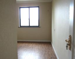 雨山区印山东路建中斜对面颐园世家两室两厅全新精装出售