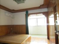 花山区塞纳河畔附近珍珠园三村一室一厅简装无税出售