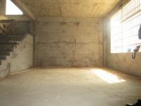 东北片将军山路东北片区殷家湾二间三层半单门独院毛坯出售