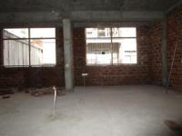 车站街三室两厅120平25.6万急售