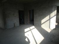 孚玉中路社区4楼,155平米毛坯