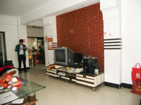 城中人民中路宿松商城套间3房2厅简单装修低价出售!