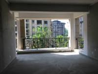 东城汉润大道与雪枫路交汇中央名邸三期4房2厅毛坯出售