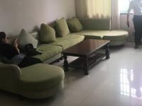 汇川区上海路长恒花园3房2厅简单装修出售