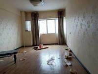红花岗区外环路金三角1房1厅简单装修出售