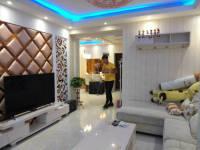 示范新区南京路海亚香樟园2房2厅高档装修出售