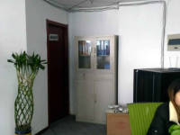 贵池九华山大道香港城3房2厅中档装修出售