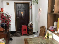贵池东湖中路电厂宿舍房厅出售