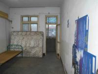 邯山育红路罗城头5号院3房1厅简单装修出售